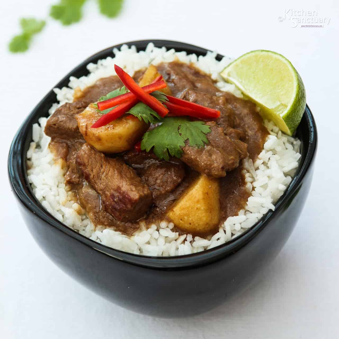 Beef Massaman Curry - Nicky's Kitchen Sanctuary