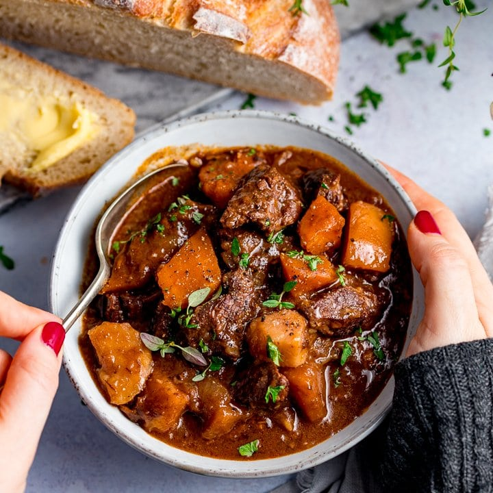how to cook goulash in a slow cooker
