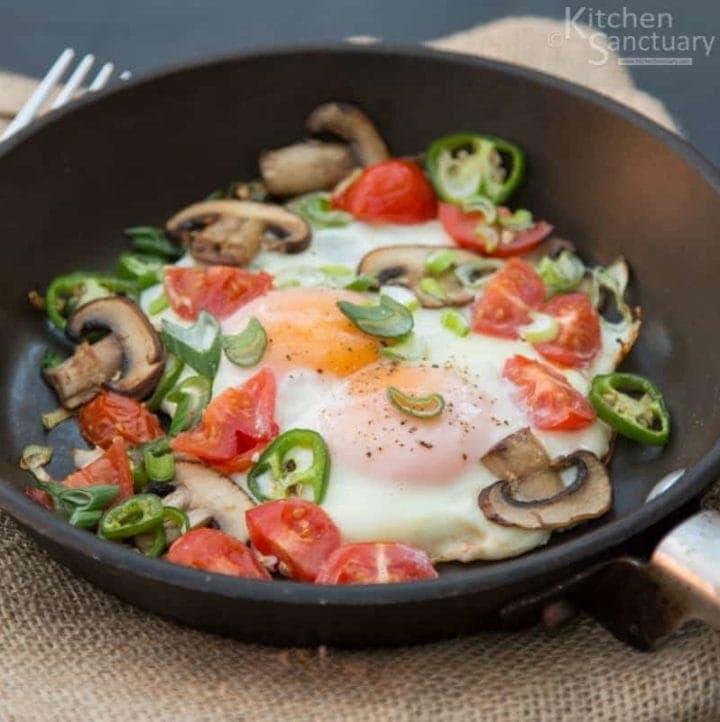 Spicy Breakfast Eggs