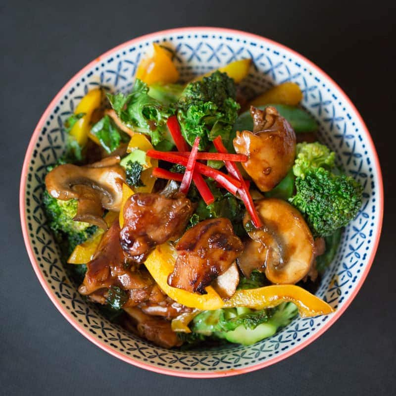 Sticky Chicken Stir Fry - A sticky, saucy, satisfying dinner packed full of crunchy, healthy veg