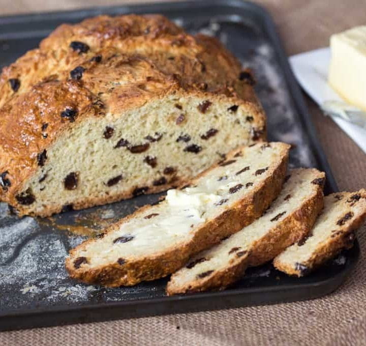 Fruit Soda Bread - a brilliantly simple breakfast bread requiring no yeast, no kneading and no proving. Ready in an hour!