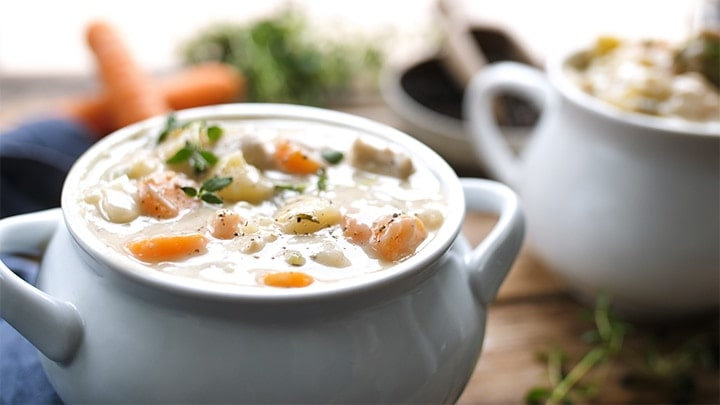 Bowl of chicken pot pie soup.