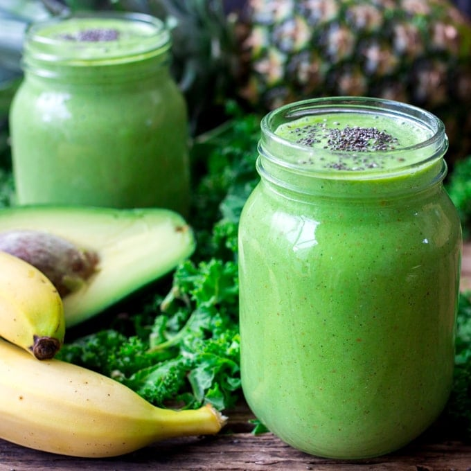 Pineapple Avocado Detox Smoothie - Creamy, sweet-but-not-too-sweet and full of health packed ingredients.