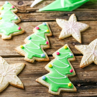 Sugar Cookies with Easy Icing