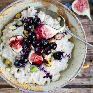 Brown Rice Porridge with Figs and Blueberries