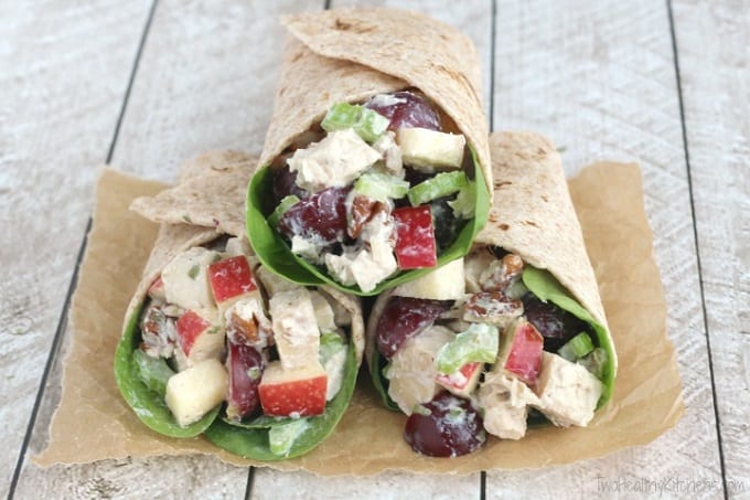 Healthy wrap with apple and grapes