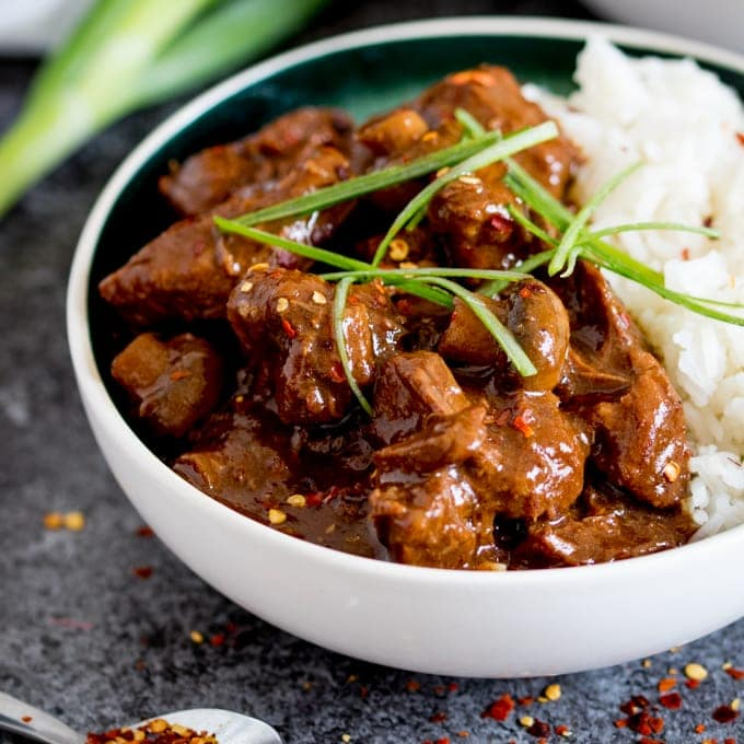Big Batch Chinese Beef - A tasty, make-ahead meal of slow-cooked saucy Chinese beef. Perfect when you're cooking for a crowd!