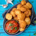 Crispy Fried Ravioli With Spicy Tomato Dip - an easy and totally moreish party food!