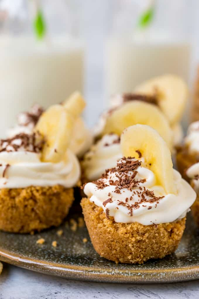 Salted caramel banoffee bites an easy party food nickys these little salted caramel banoffee bites are totally moreish serve as an appetiser dessert forumfinder Choice Image