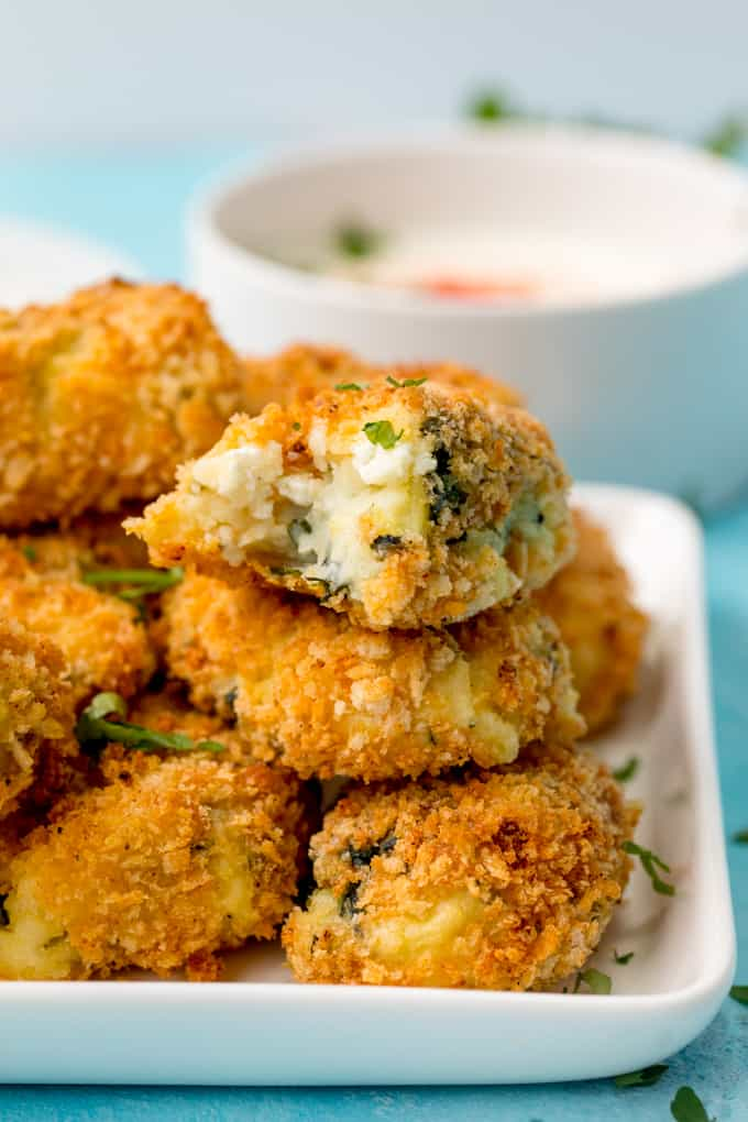 Baked Spinach and Goats Cheese Croquettes – a lighter dinner or appetizer for meatless Mondays! Easily made Gluten Free too!