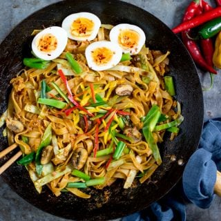 Vegetarian Kway Teow (Asian Noodles)