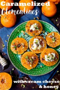 TheseBrown Sugar Glazed Clementines with Cream Cheese, Honey and Pistachios make a surprisingly quick breakfast! #glutenfreebreakfast #fruitybreakfast #clementinerecipe #lighterbreakfast