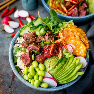 Seared Steak Poke Bowl