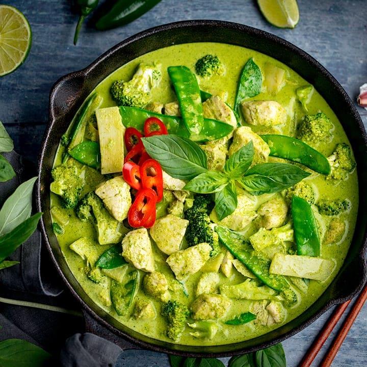 Thai Green Chicken Curry Recipe Nicky S Kitchen Sanctuary